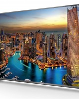 Televizor LED Smart 3D Panasonic TX-55CX700E: Un motiv in plus pentru a sta in casa